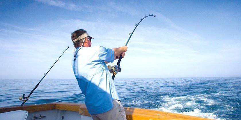 Pesca deportiva del atún al brumeo