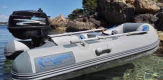 Neumática Cobra 249 en el mar