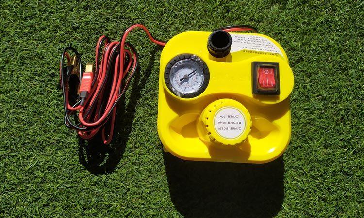 Inflador eléctrico con manómetro analógico