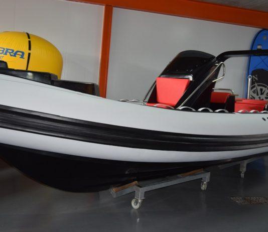 Cobra 680 LUX